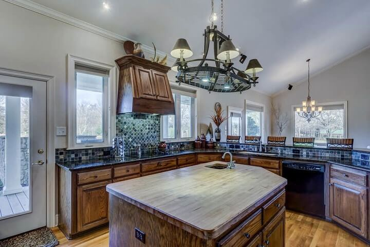 What is Formica countertop